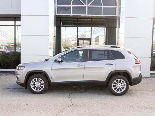 New 2019 JEEP Cherokee Latitude